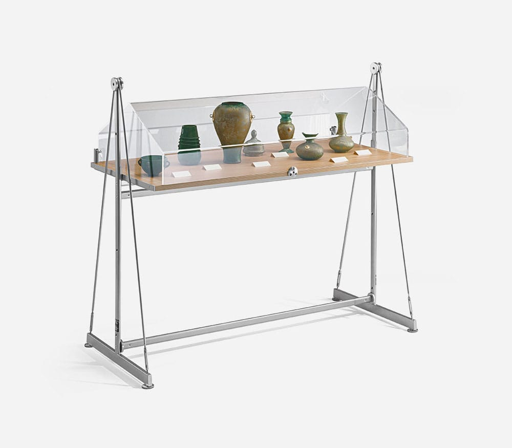Table showcase display vela for Showcase table design